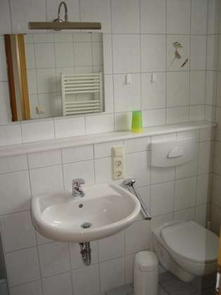 Badezimmer_1-DeichstrassŸe-39-Whg.-3